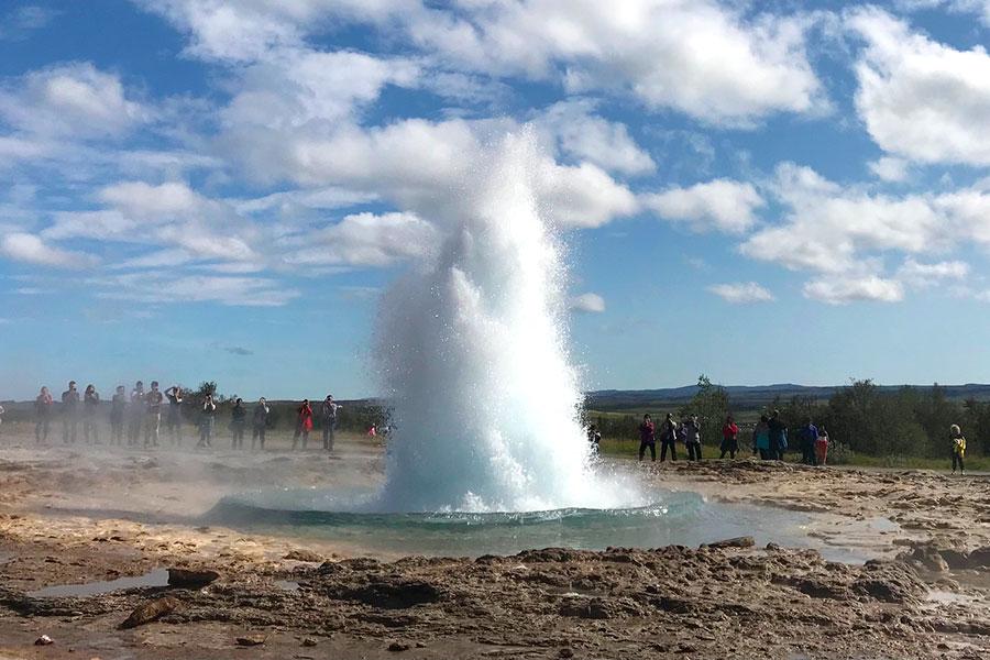 Cosa Vedere in Islanda geysir